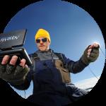Подводная камера Aqua Vu в руках рыболова