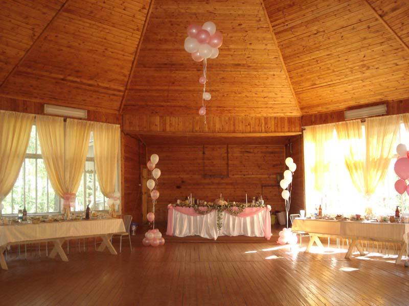 Вид внутри гостиных комнат